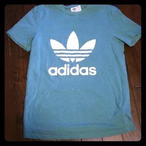 Adidas snall t shirt